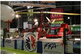 """Sports aériens aquitains – bilan """"fête de l'air 2014"""" et organisation du stand CRISA au salon « VIVONS 100% SPORT »"""