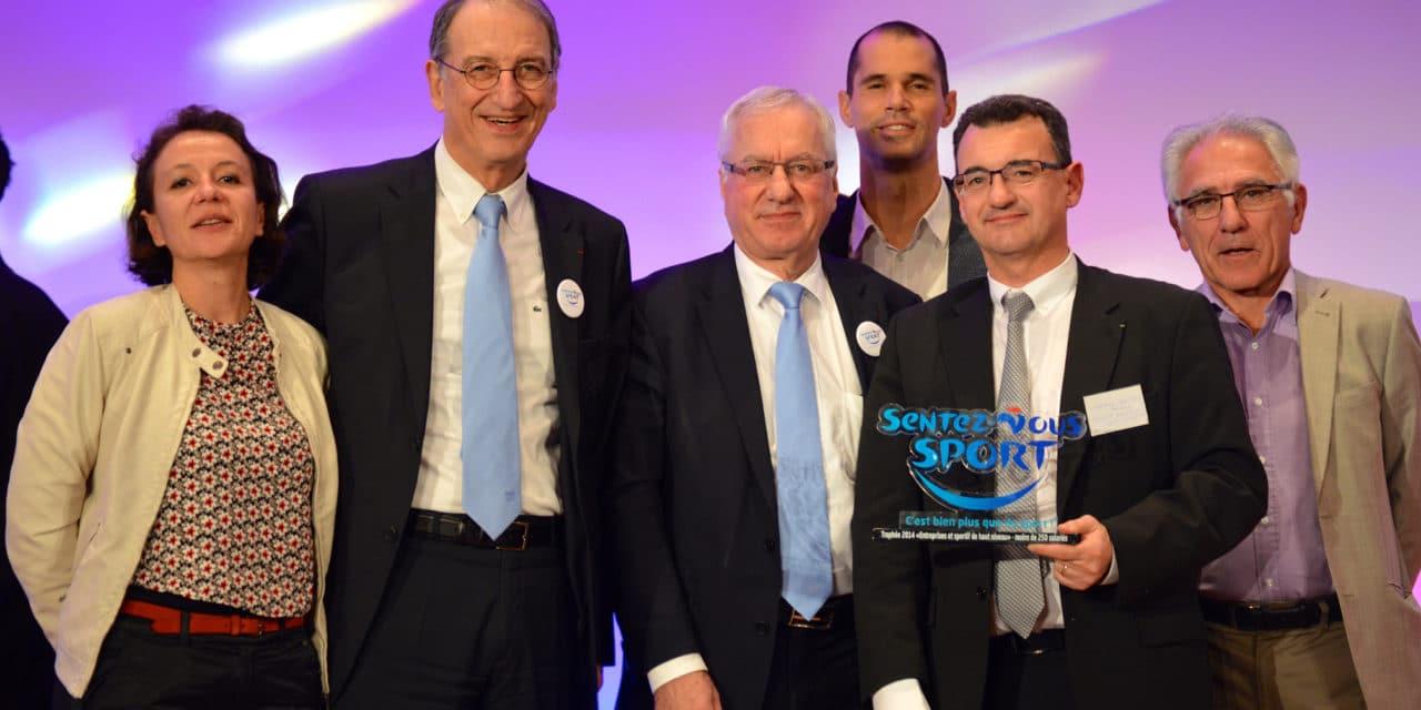 """La commission MEDEF Gironde remporte le Trophée Sentez-Vous-Sport dans la catégorie """"Entreprises et sportif de haut niveau"""""""